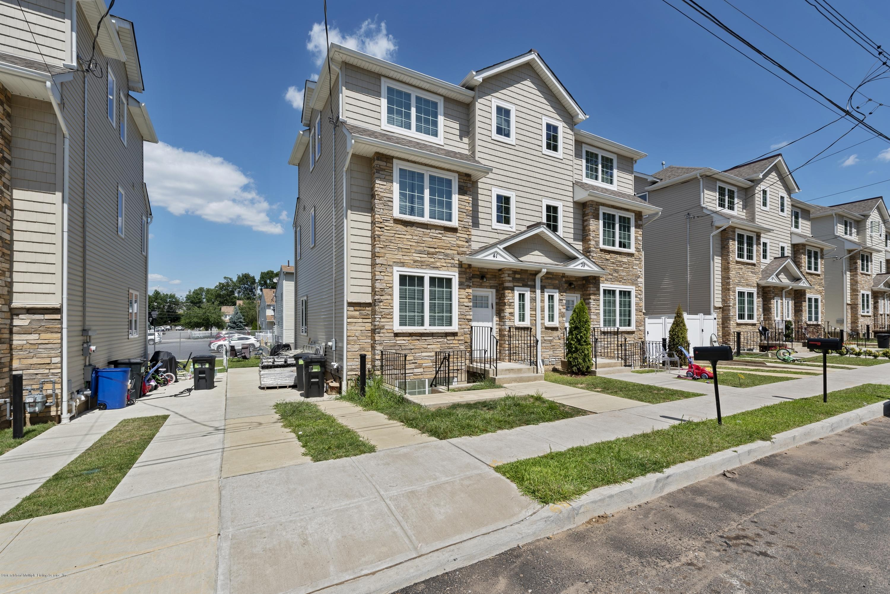 Single Family - Semi-Attached in Willowbrook - 41 Hall Avenue  Staten Island, NY 10314