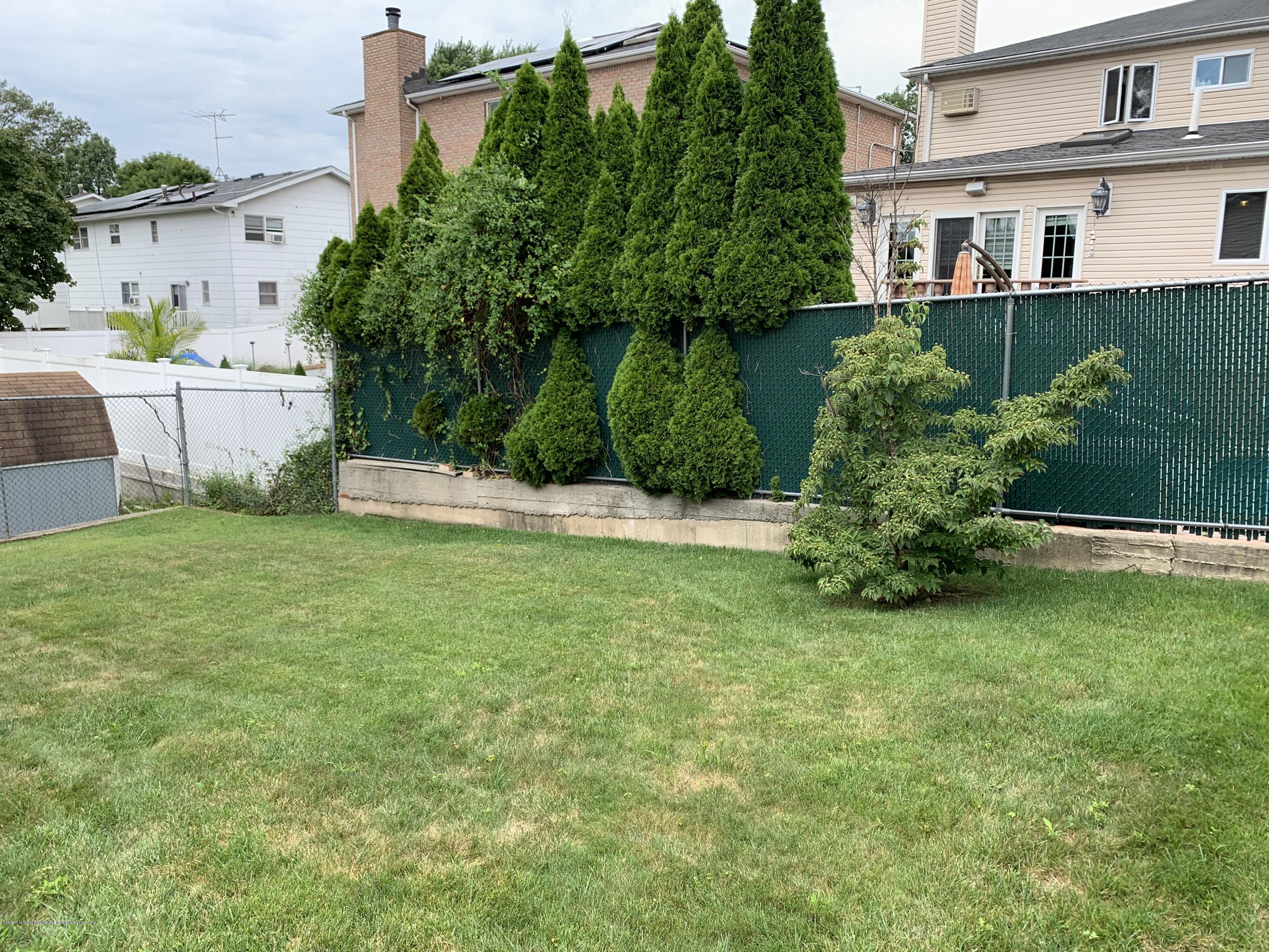 Single Family - Detached 327 Ashland Avenue  Staten Island, NY 10309, MLS-1131430-6