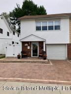 93 Middle Loop Road, Staten Island, NY 10308