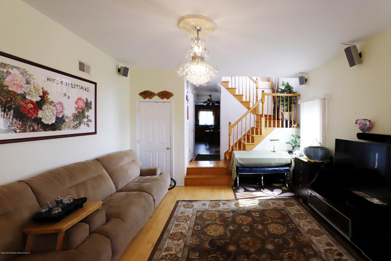 Single Family - Semi-Attached 53 Mapleton Avenue  Staten Island, NY 10306, MLS-1131546-4