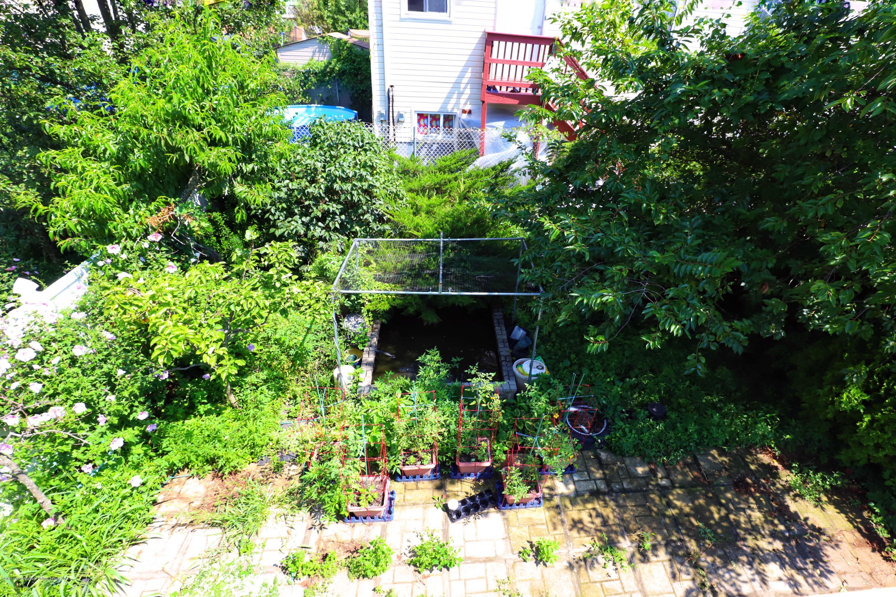 Single Family - Semi-Attached 53 Mapleton Avenue  Staten Island, NY 10306, MLS-1131546-11