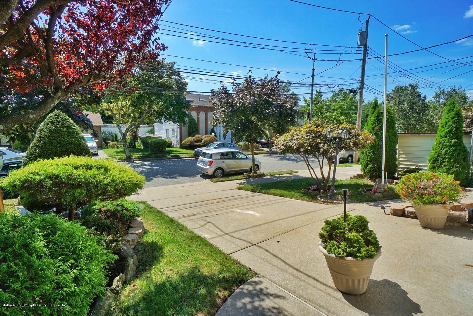 Single Family - Detached 283 Holdridge Avenue  Staten Island, NY 10312, MLS-1130000-32