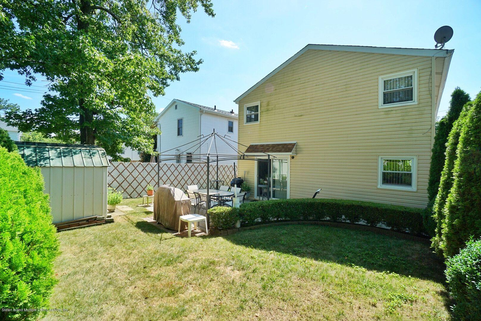Single Family - Detached 283 Holdridge Avenue  Staten Island, NY 10312, MLS-1130000-30