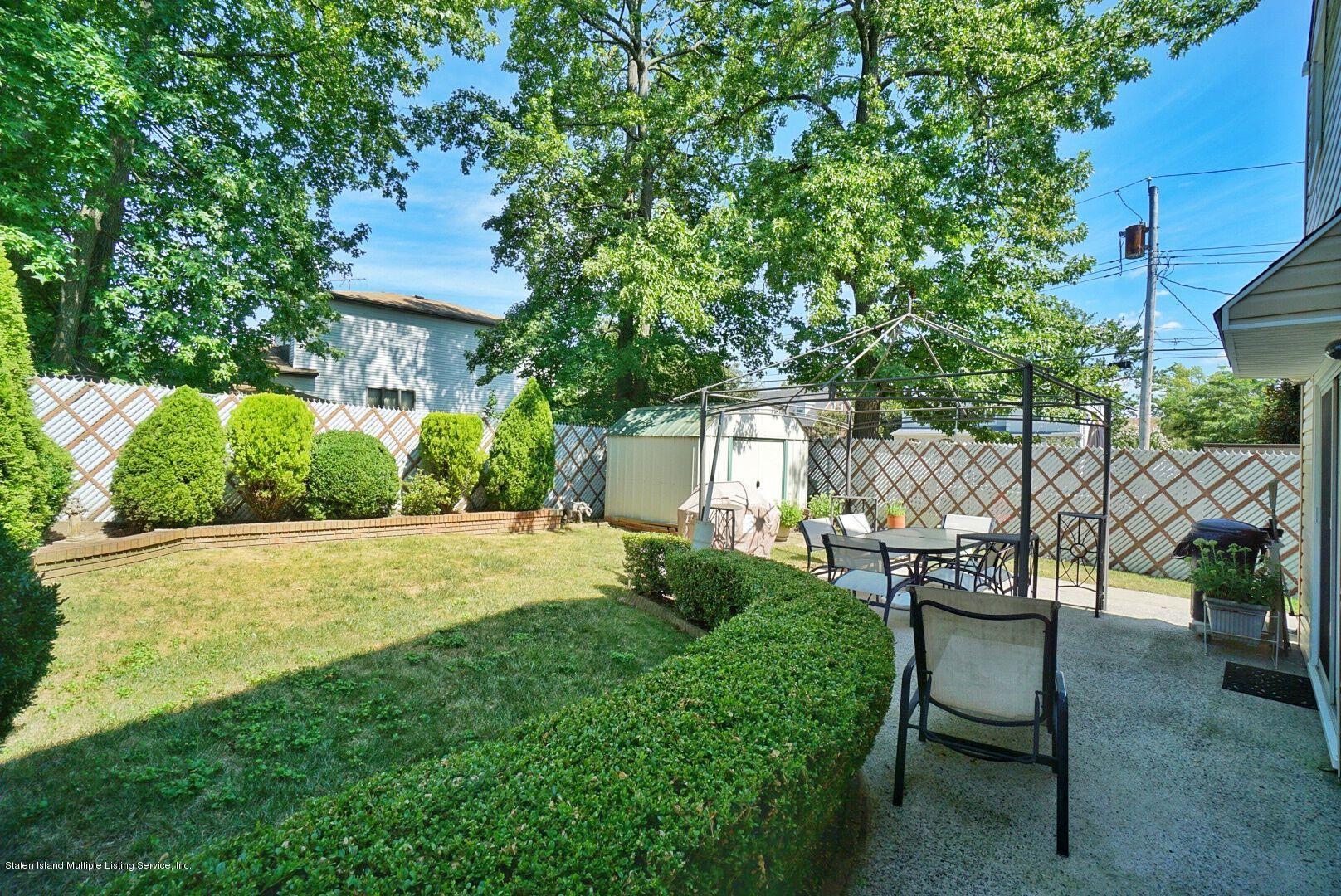 Single Family - Detached 283 Holdridge Avenue  Staten Island, NY 10312, MLS-1130000-31