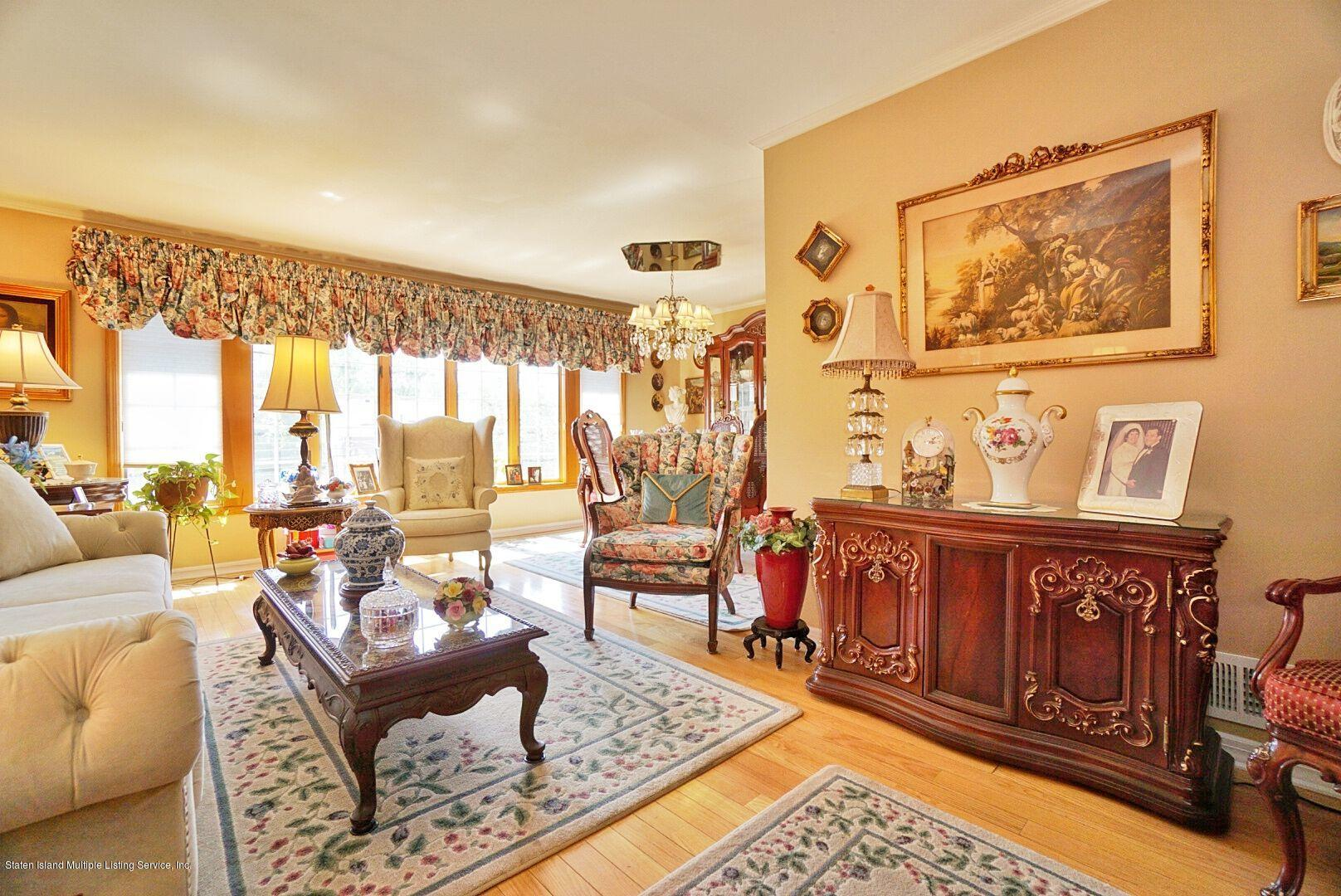 Single Family - Detached 283 Holdridge Avenue  Staten Island, NY 10312, MLS-1130000-5
