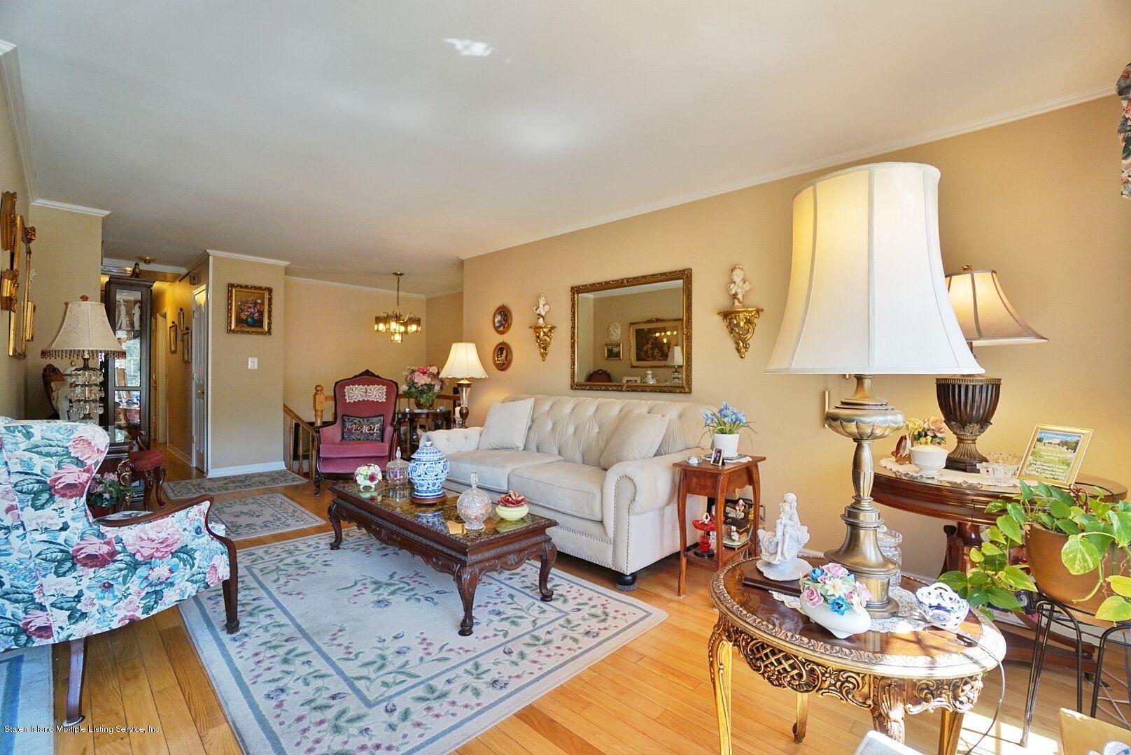 Single Family - Detached 283 Holdridge Avenue  Staten Island, NY 10312, MLS-1130000-7
