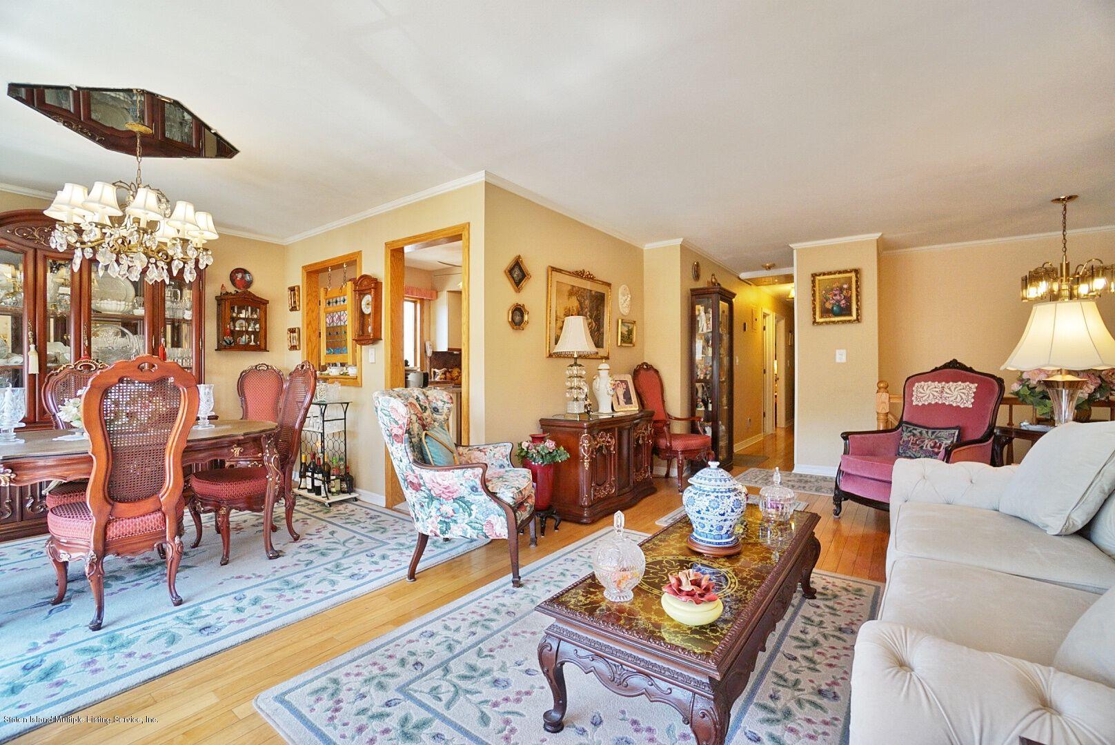 Single Family - Detached 283 Holdridge Avenue  Staten Island, NY 10312, MLS-1130000-10