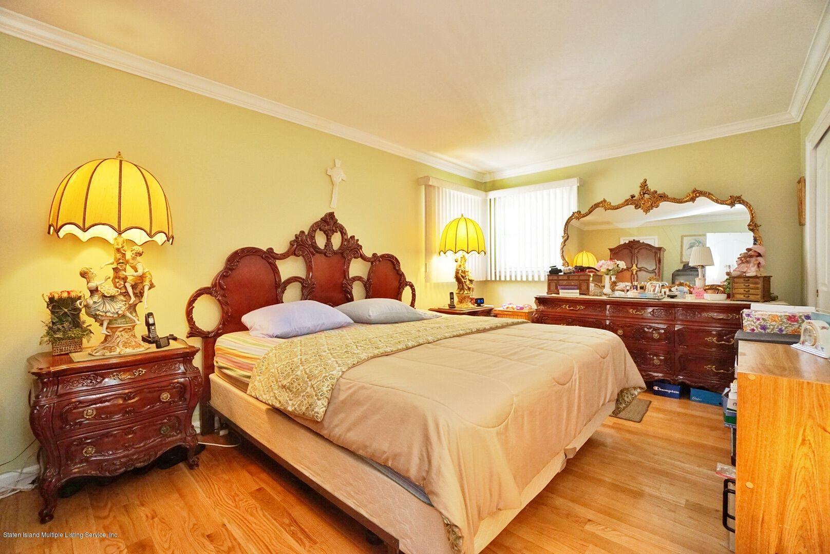 Single Family - Detached 283 Holdridge Avenue  Staten Island, NY 10312, MLS-1130000-13