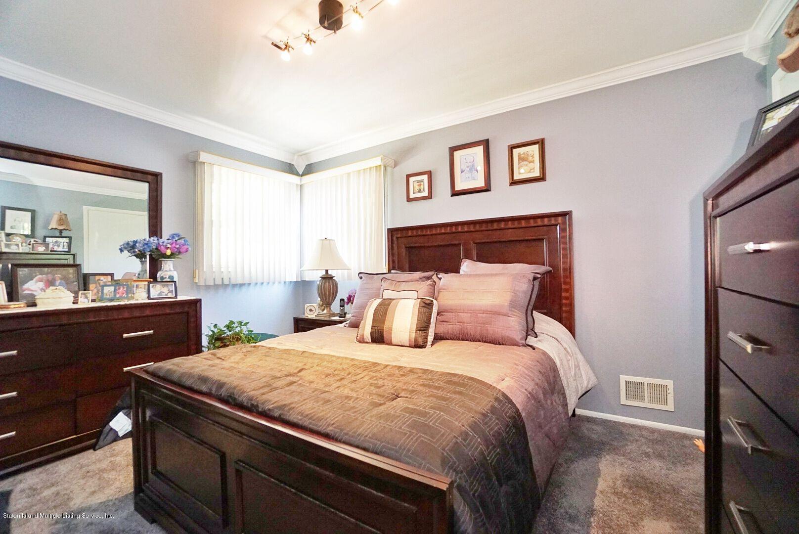 Single Family - Detached 283 Holdridge Avenue  Staten Island, NY 10312, MLS-1130000-16