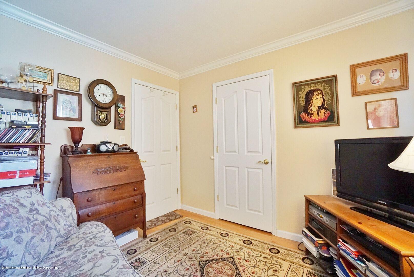Single Family - Detached 283 Holdridge Avenue  Staten Island, NY 10312, MLS-1130000-20