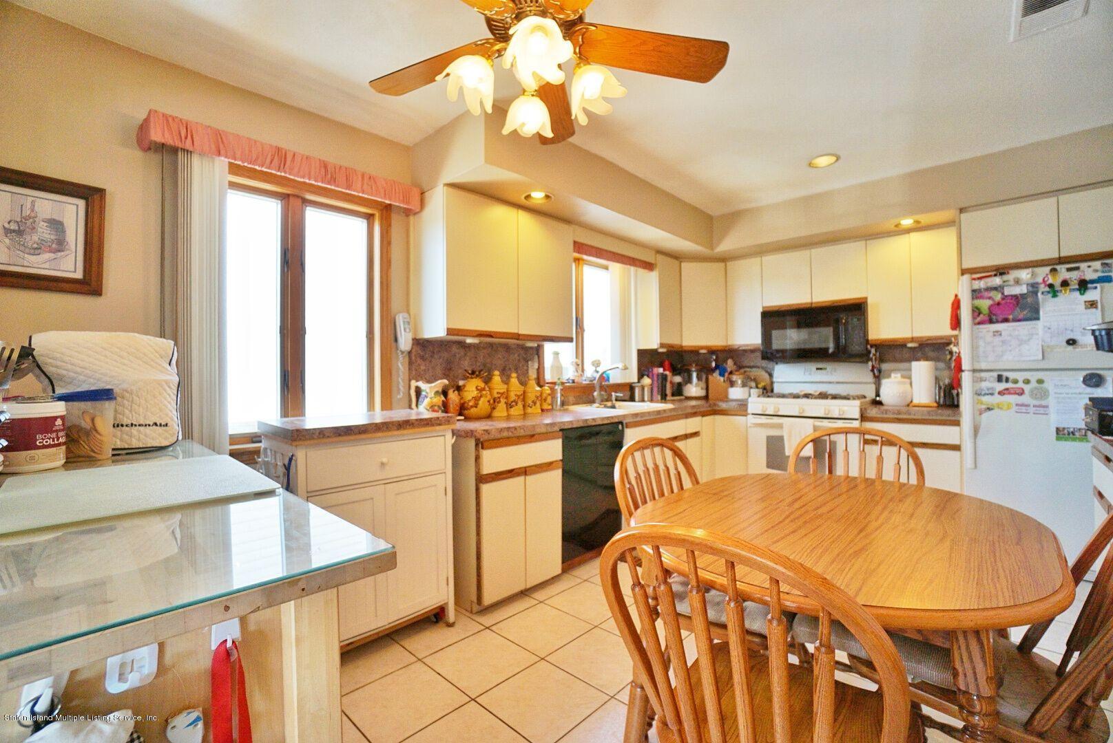 Single Family - Detached 283 Holdridge Avenue  Staten Island, NY 10312, MLS-1130000-21