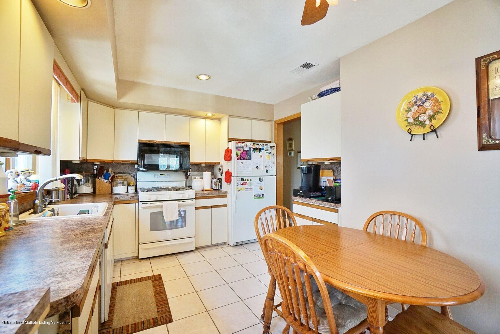 Single Family - Detached 283 Holdridge Avenue  Staten Island, NY 10312, MLS-1130000-22