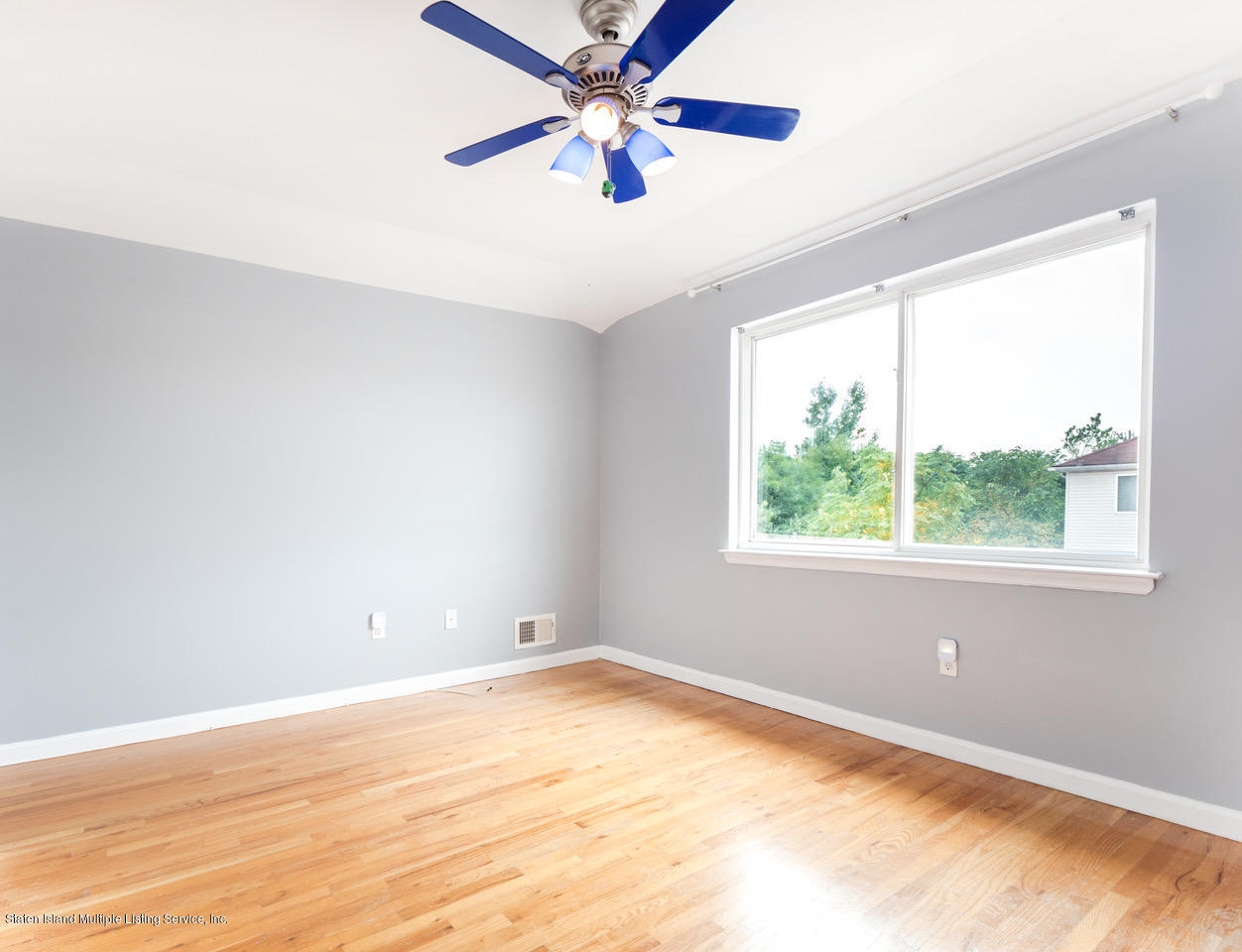 Single Family - Semi-Attached 154 Alberta Avenue  Staten Island, NY 10314, MLS-1131200-15
