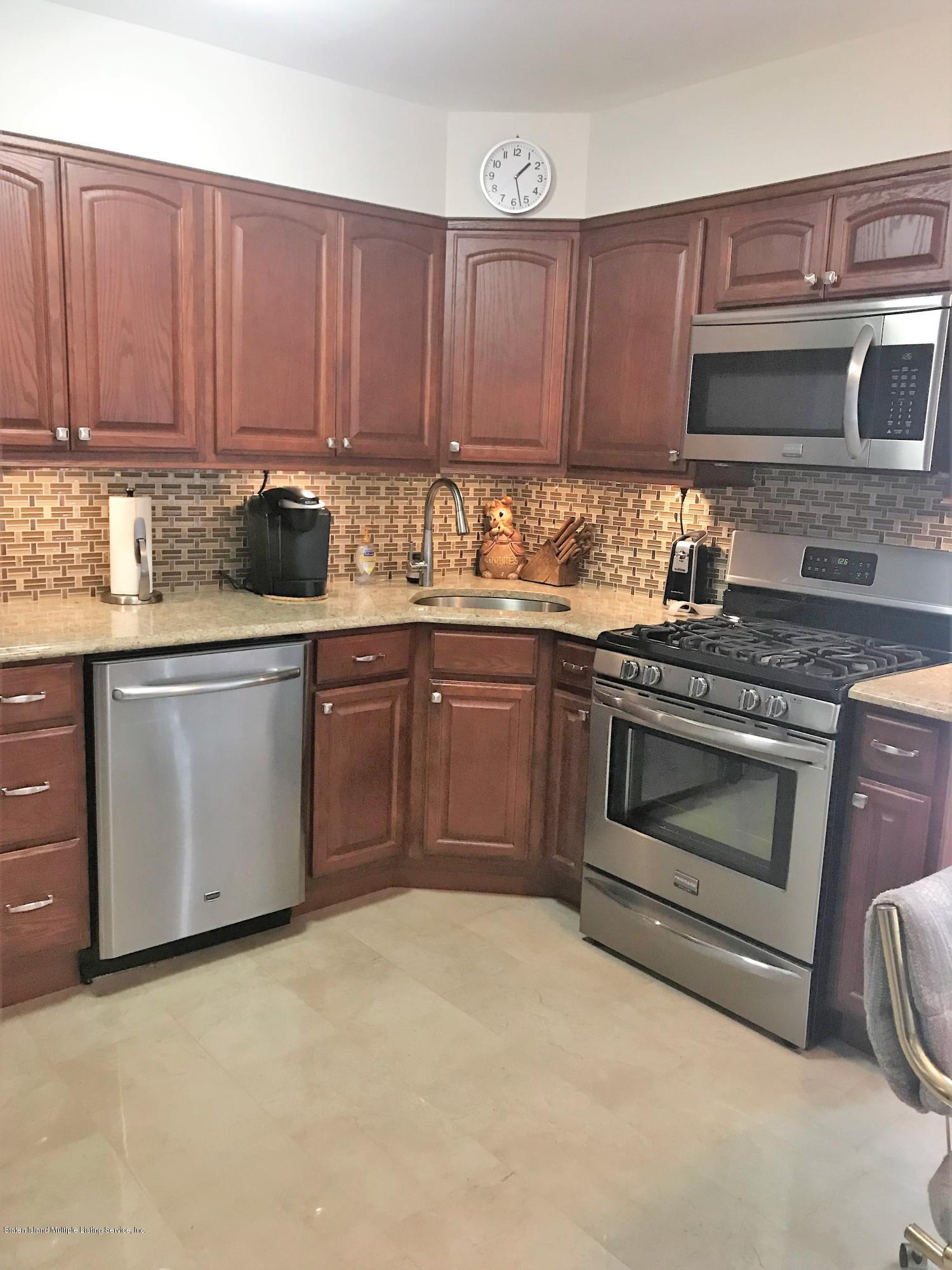 Single Family - Detached 97 Holcomb Avenue  Staten Island, NY 10312, MLS-1131594-3