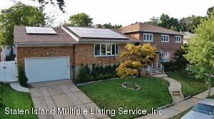 extra large 2 family detached home on quiet tree lined street
