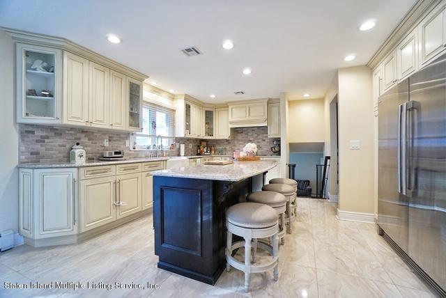 Two Family - Detached 25 Ionia Avenue  Staten Island, NY 10312, MLS-1131598-9