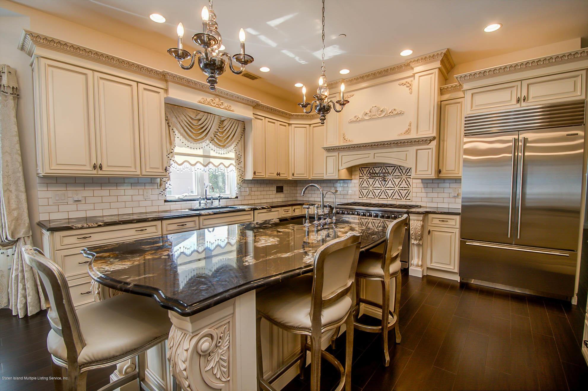 Single Family - Detached 178 Kingdom Avenue  Staten Island, NY 10312, MLS-1131601-18