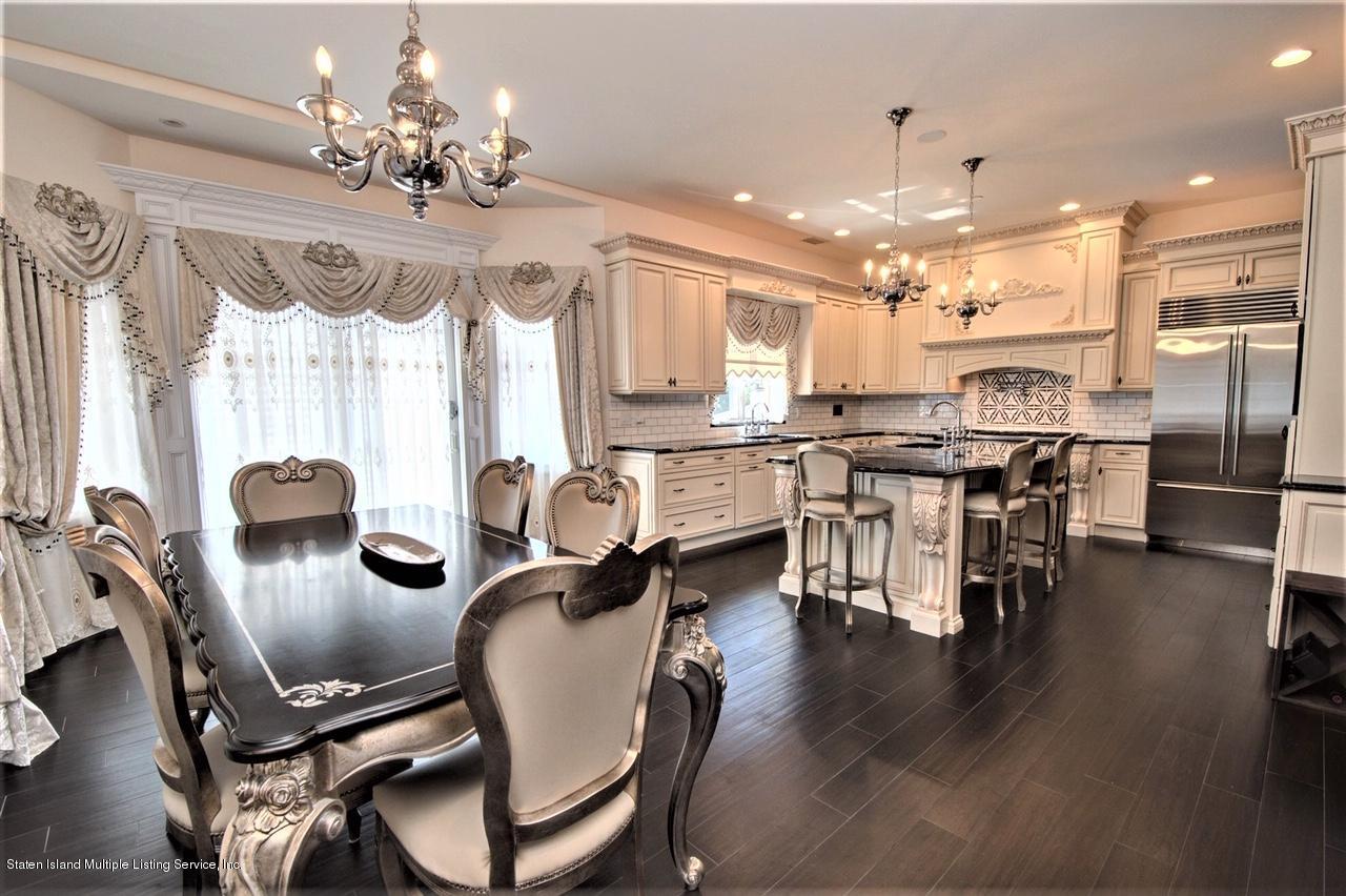 Single Family - Detached 178 Kingdom Avenue  Staten Island, NY 10312, MLS-1131601-17