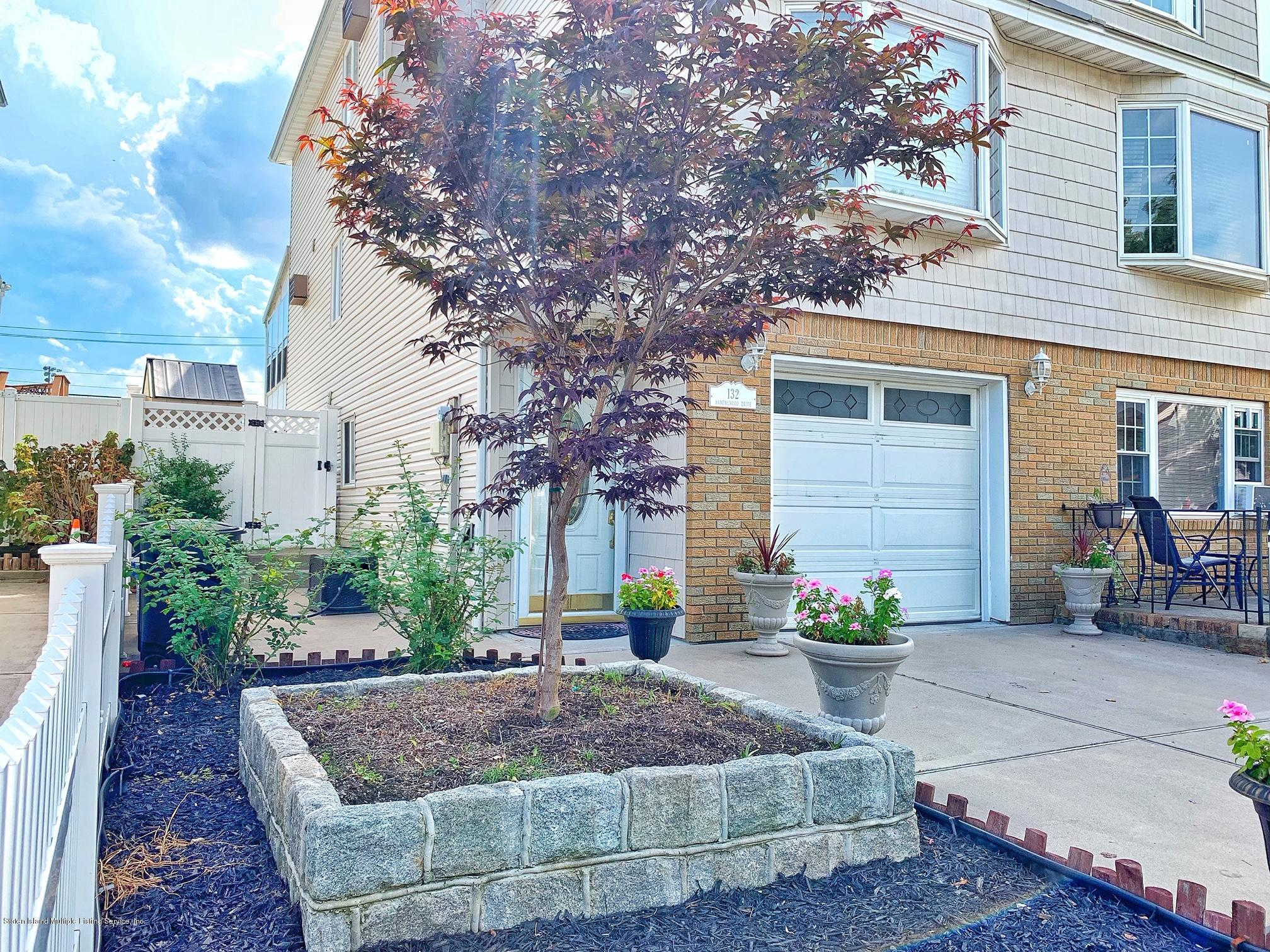 Single Family - Semi-Attached 132 Sandalwood Drive  Staten Island, NY 10308, MLS-1131678-26