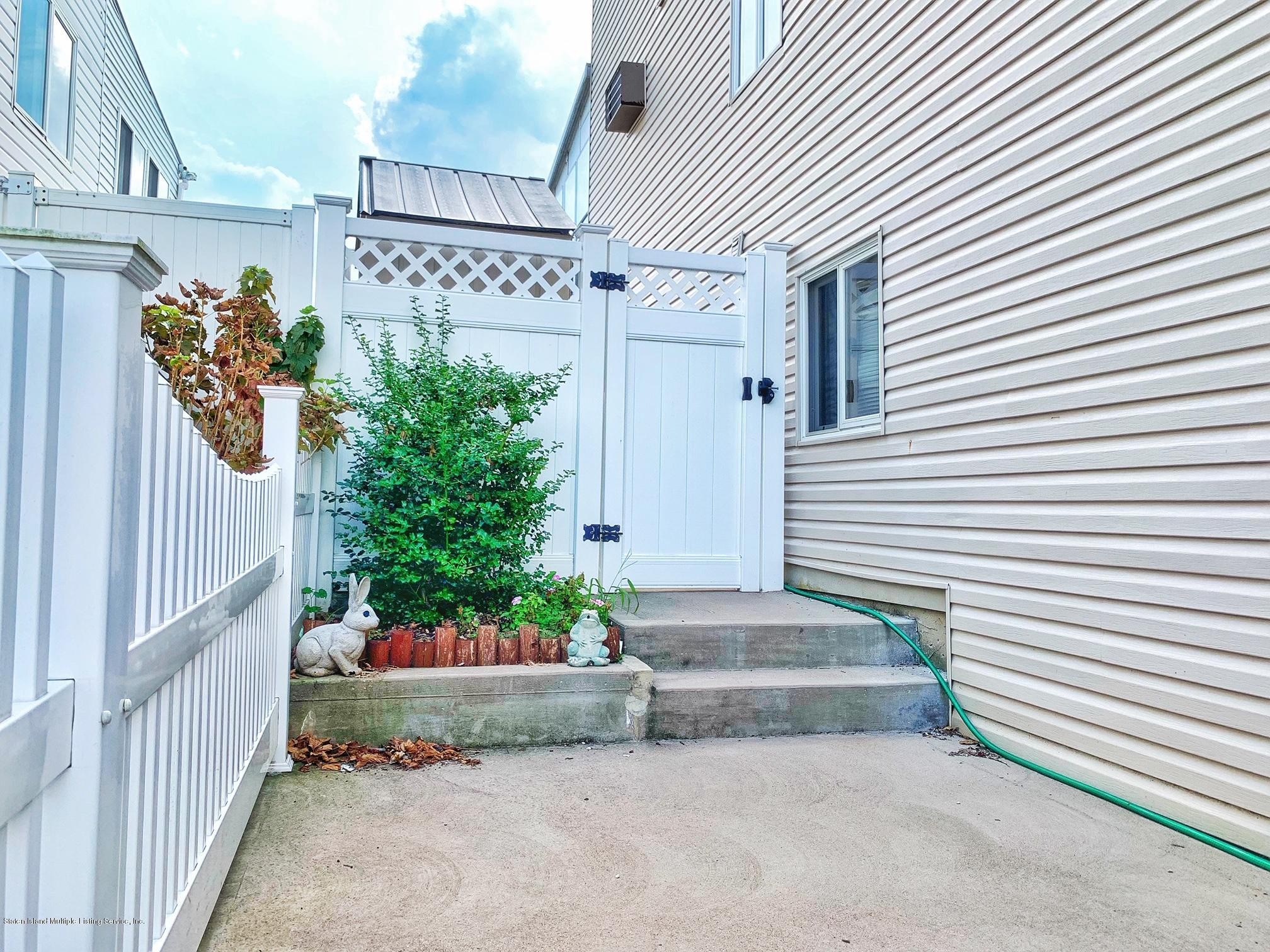 Single Family - Semi-Attached 132 Sandalwood Drive  Staten Island, NY 10308, MLS-1131678-25