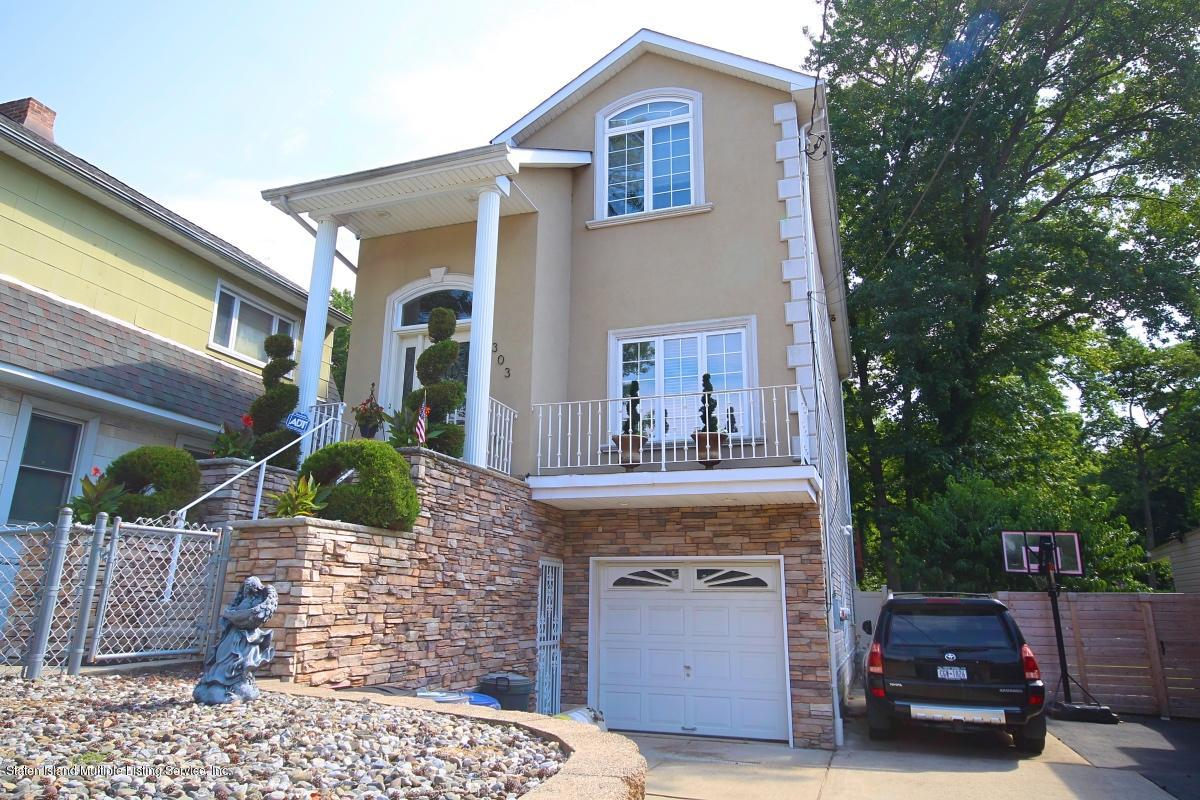 Two Family - Detached in Tottenville - 303 Sprague Avenue  Staten Island, NY 10307