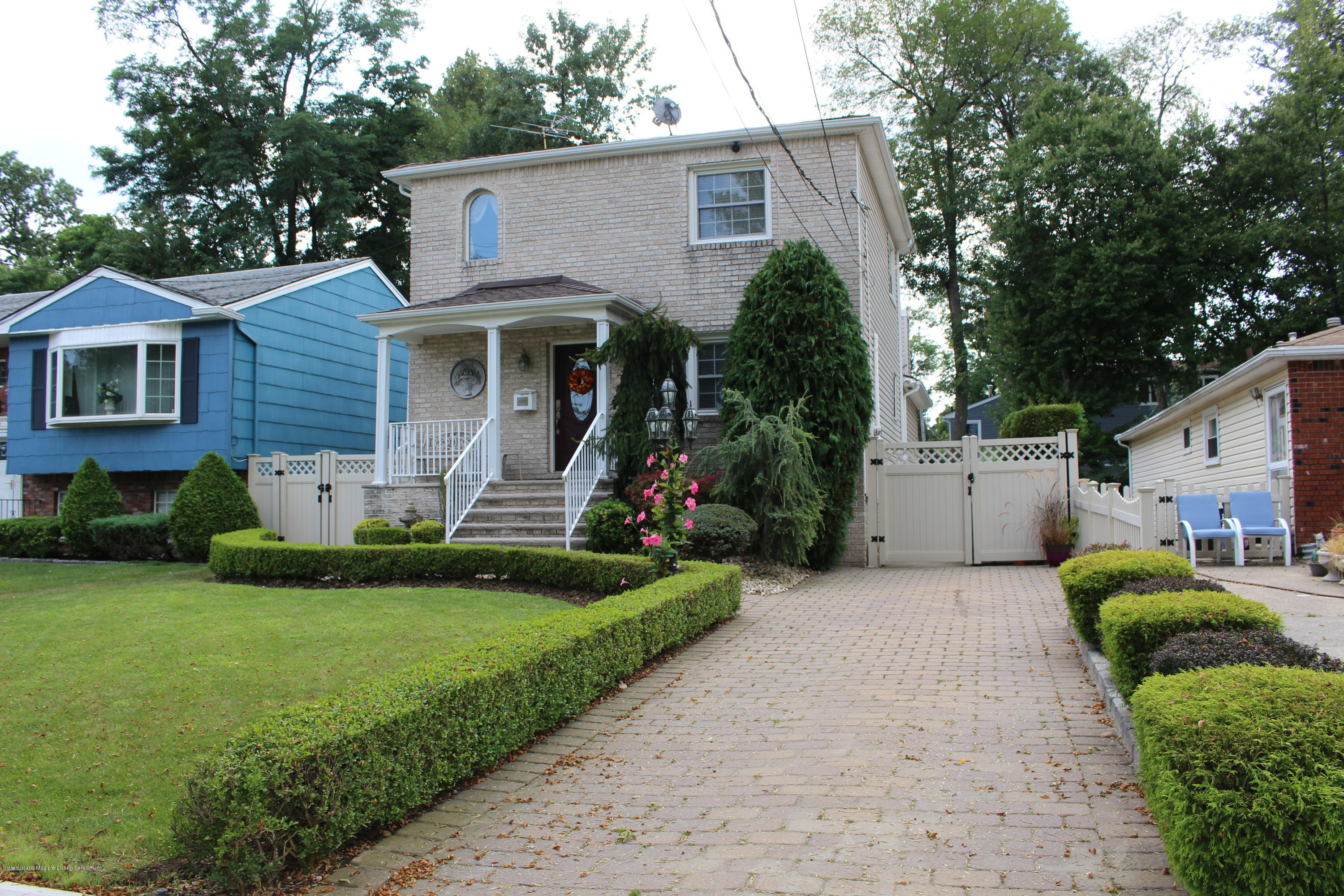 Single Family - Detached 722 Craig Avenue  Staten Island, NY 10307, MLS-1131730-3