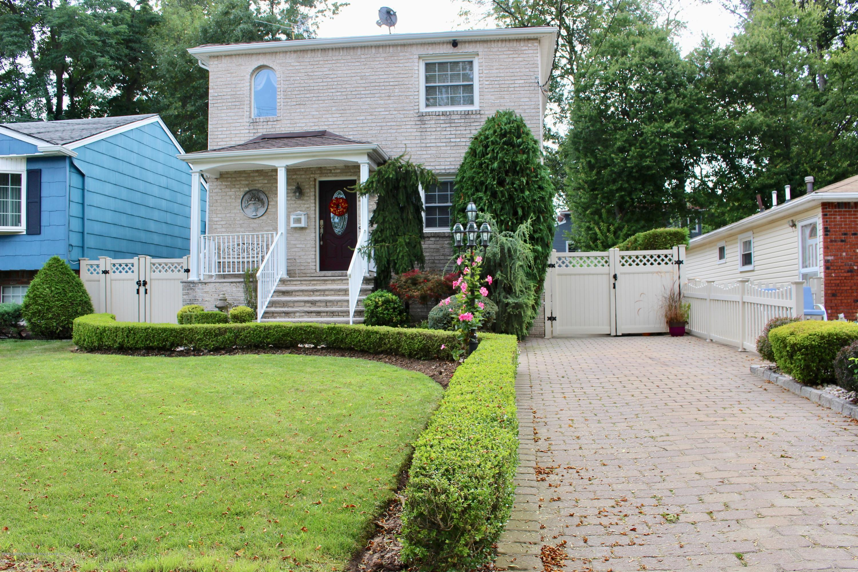 Single Family - Detached 722 Craig Avenue  Staten Island, NY 10307, MLS-1131730-2