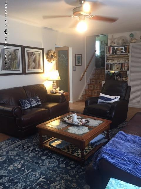 Single Family - Detached 274 Robinson Avenue  Staten Island, NY 10312, MLS-1131712-9
