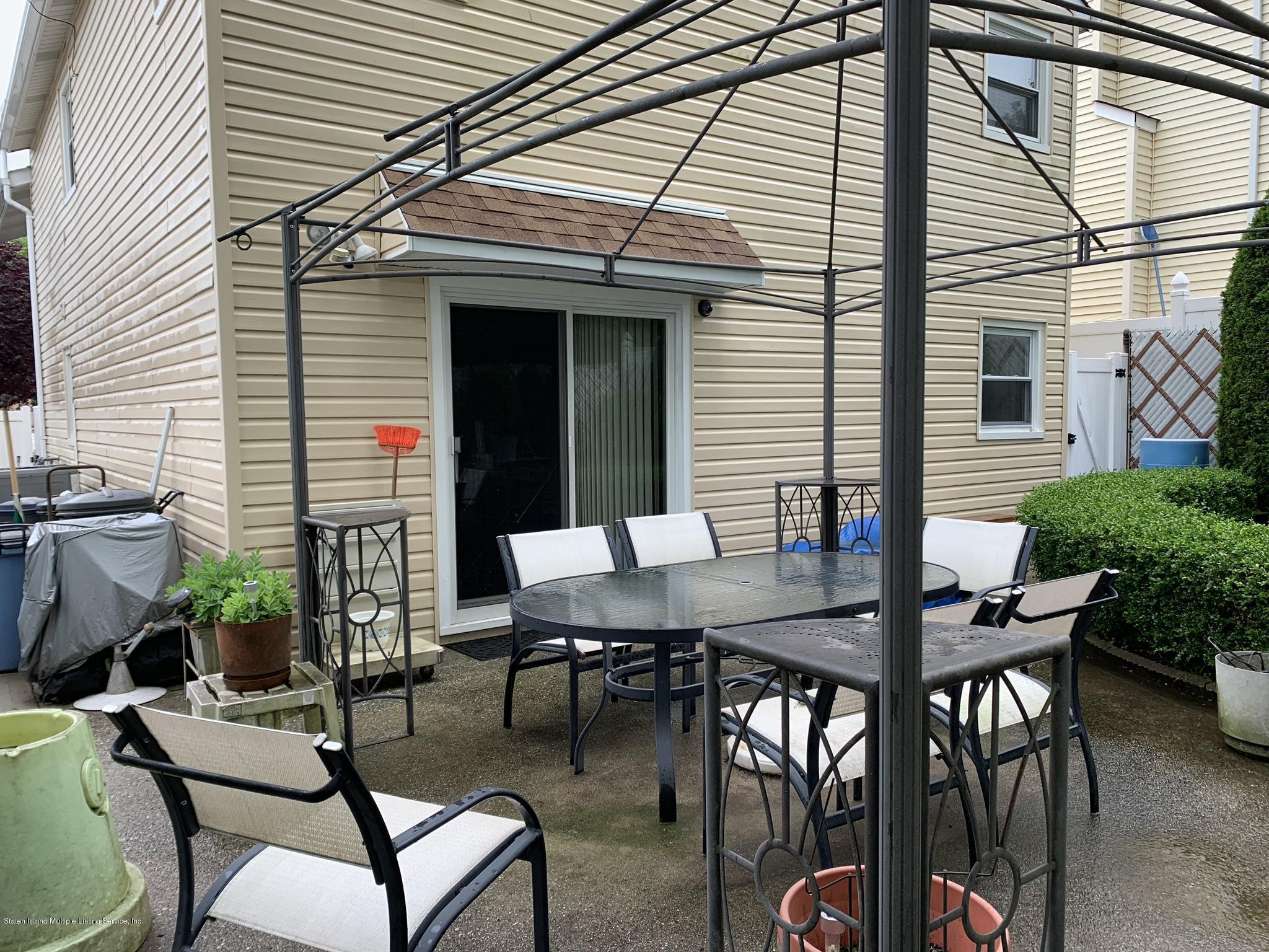 Single Family - Detached 283 Holdridge Avenue  Staten Island, NY 10312, MLS-1130000-28
