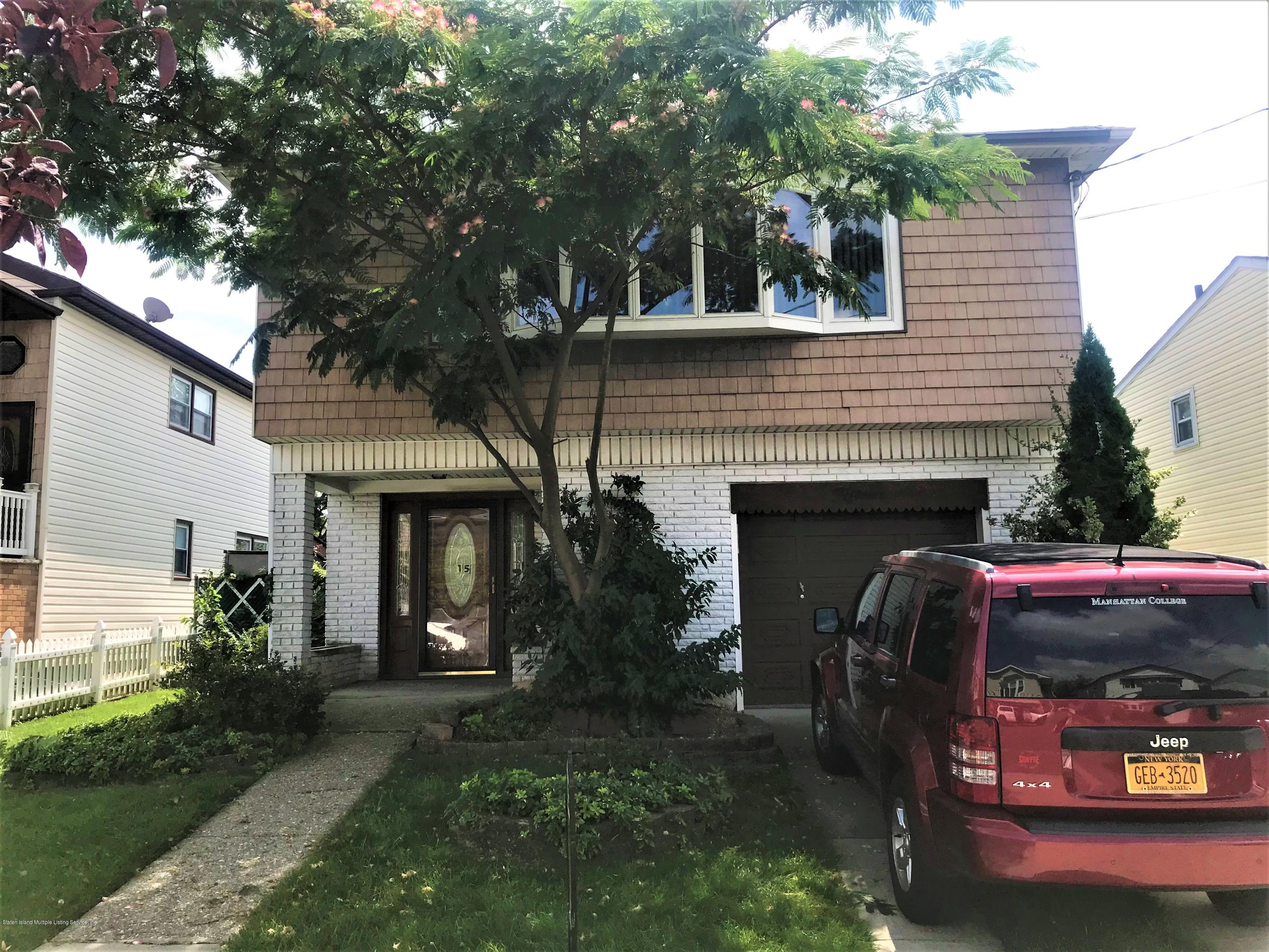 Single Family - Detached in Westerleigh - 15 Eagle Road  Staten Island, NY 10314