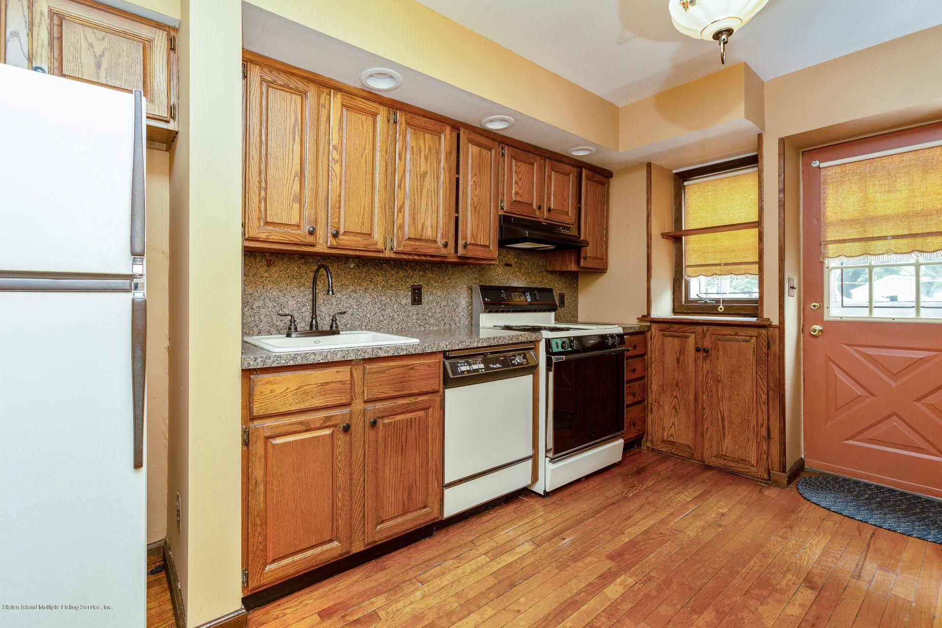 Single Family - Attached 83 Chester Avenue  Brooklyn, NY 11218, MLS-1131841-3
