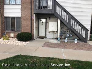 40 Meadow Place, N, Staten Island, NY 10306