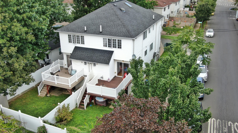 Single Family - Semi-Attached 36 Zwicky Avenue  Staten Island, NY 10306, MLS-1131911-24
