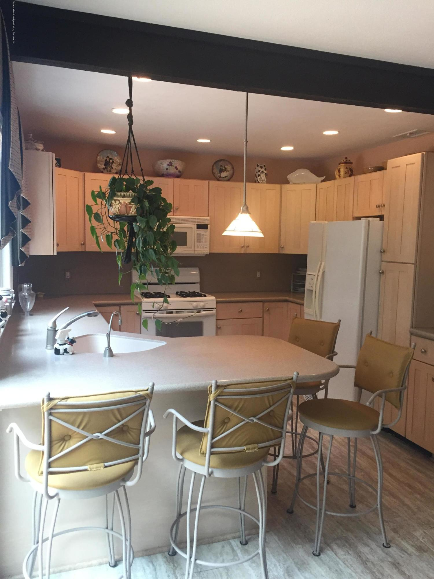 Single Family - Detached 46 Forrestal Avenue  Staten Island, NY 10312, MLS-1131922-17