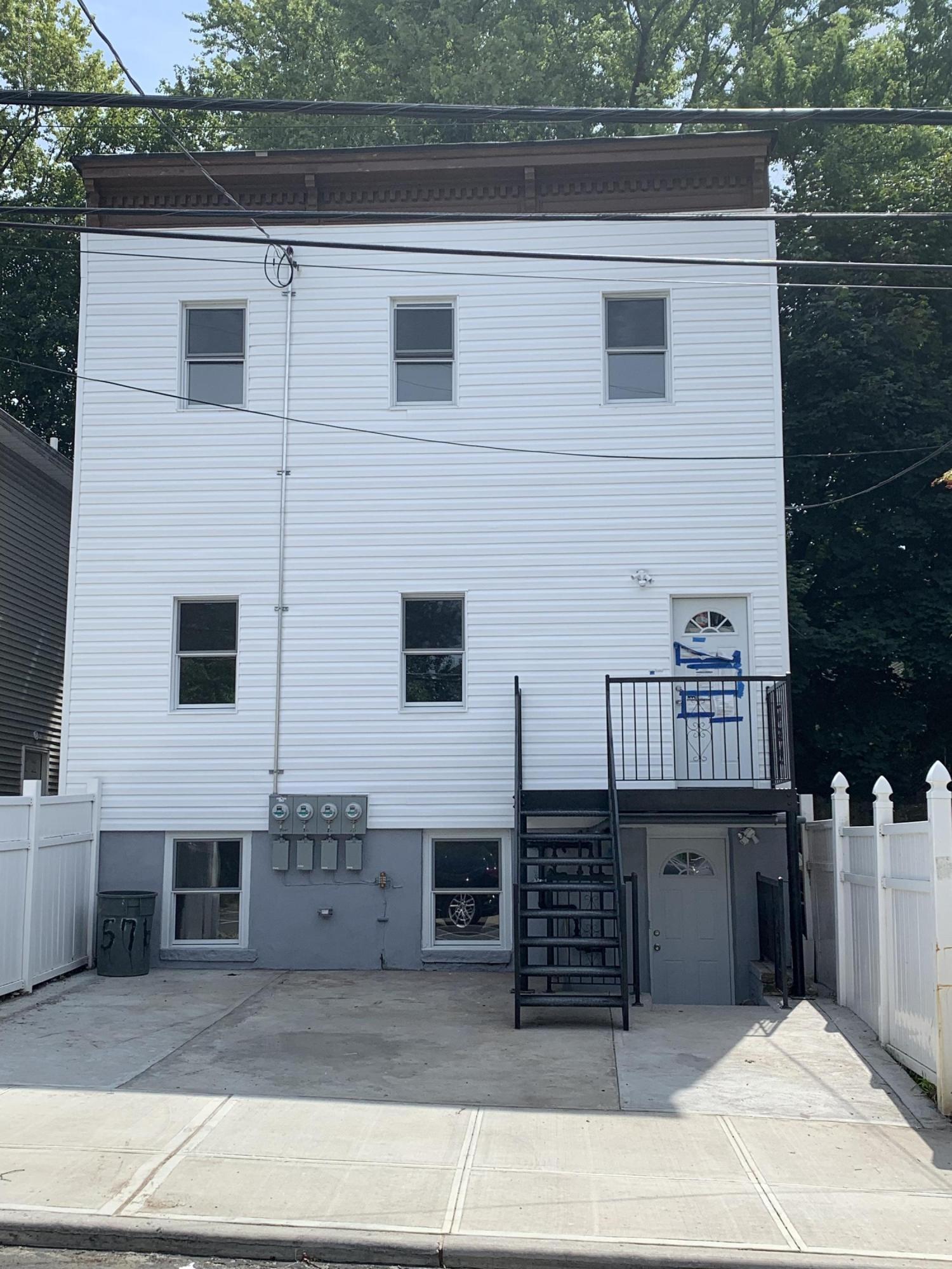 3F in New Brighton - 88 Taft Avenue  Staten Island, NY 10301