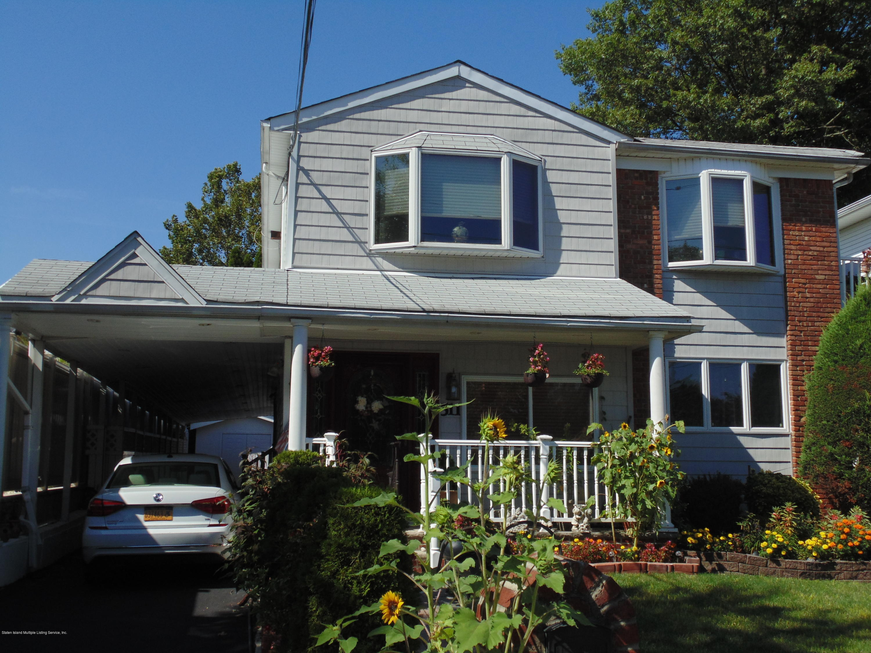 Two Family - Detached 511 Edgegrove Avenue  Staten Island, NY 10312, MLS-1131940-2