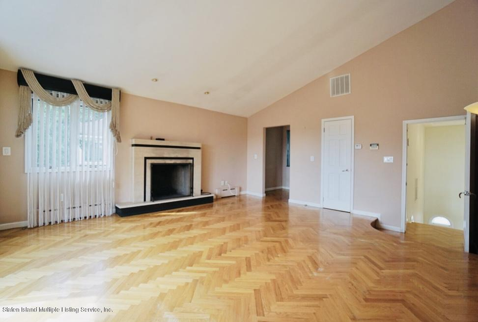 Single Family - Detached 10 Oceanview Lane  Staten Island, NY 10301, MLS-1132041-41