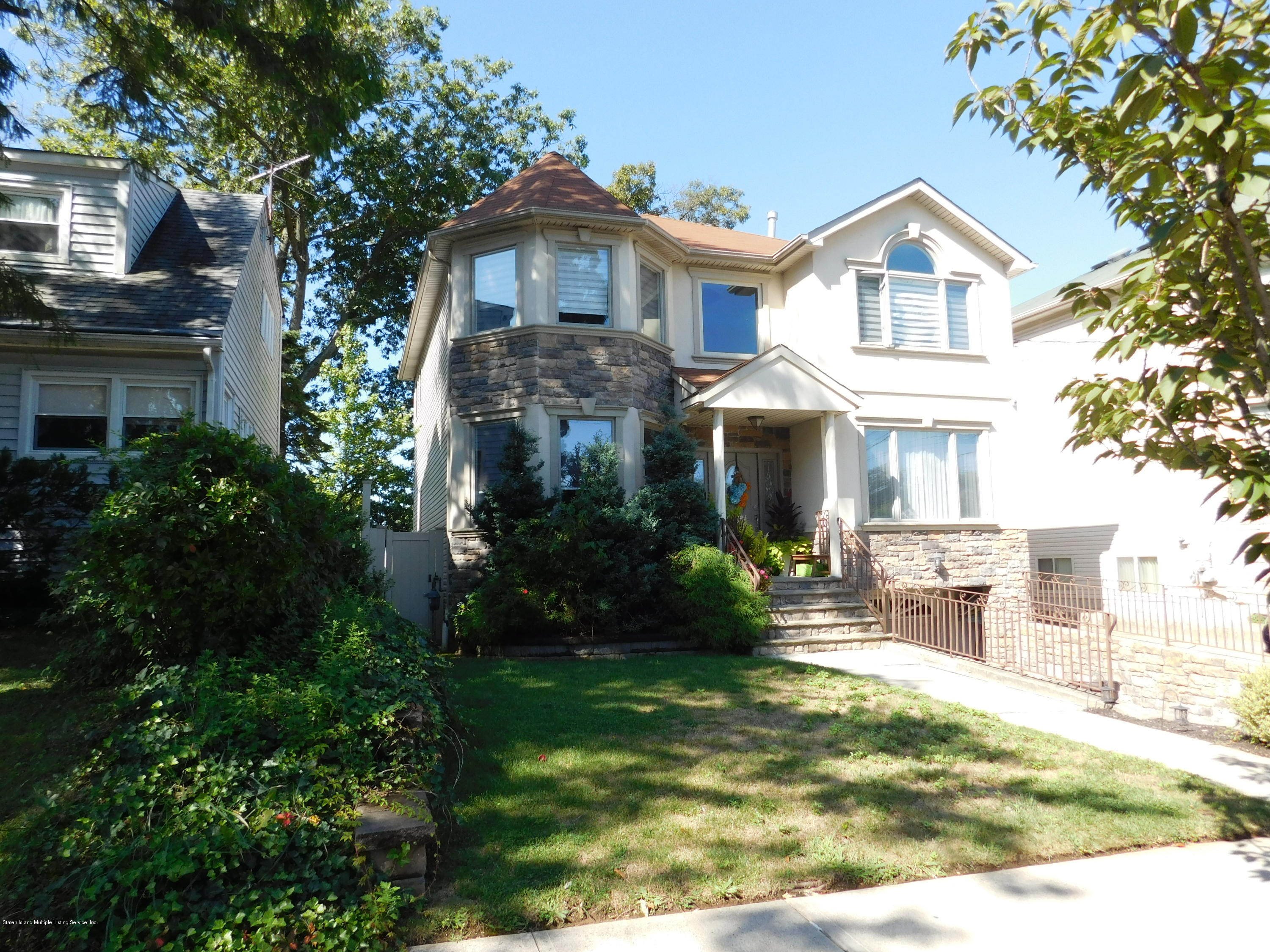 Single Family - Detached in Great Kills - 86 Shafter Avenue  Staten Island, NY 10308