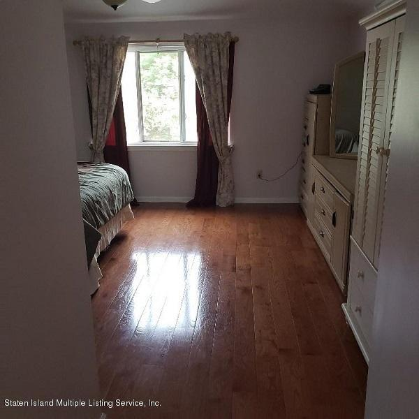 Single Family - Attached 17 Don Court  Staten Island, NY 10312, MLS-1132106-10