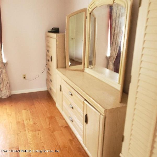 Single Family - Attached 17 Don Court  Staten Island, NY 10312, MLS-1132106-13