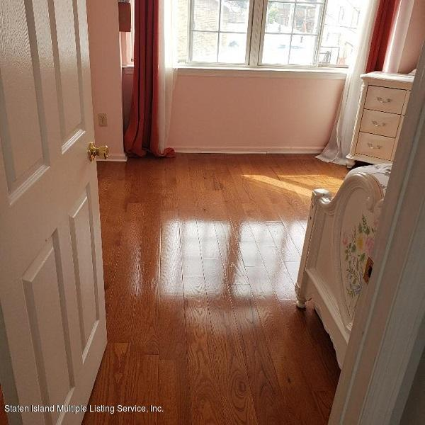 Single Family - Attached 17 Don Court  Staten Island, NY 10312, MLS-1132106-15