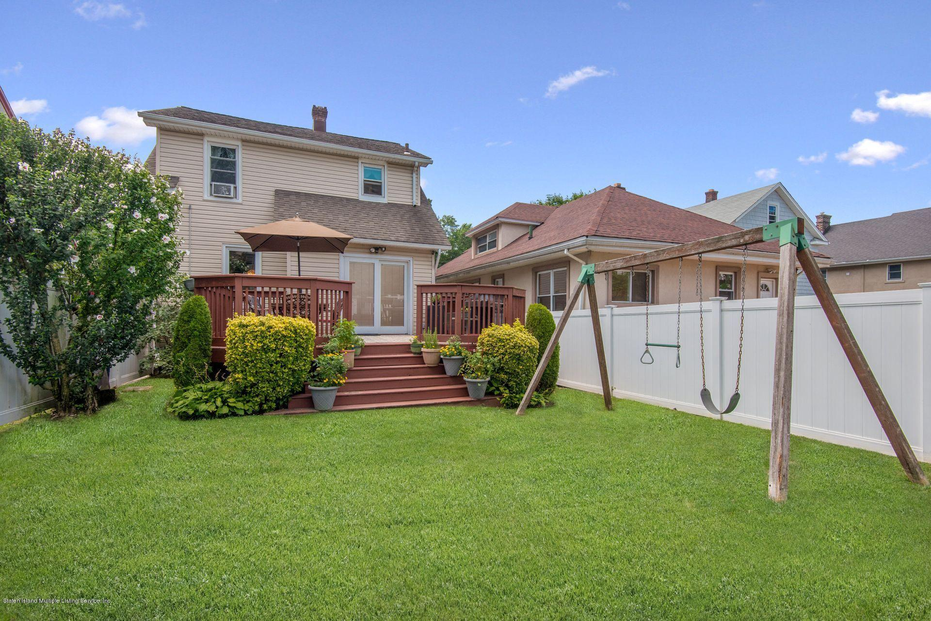 Single Family - Detached 175 Mountainview Avenue  Staten Island, NY 10314, MLS-1132164-20