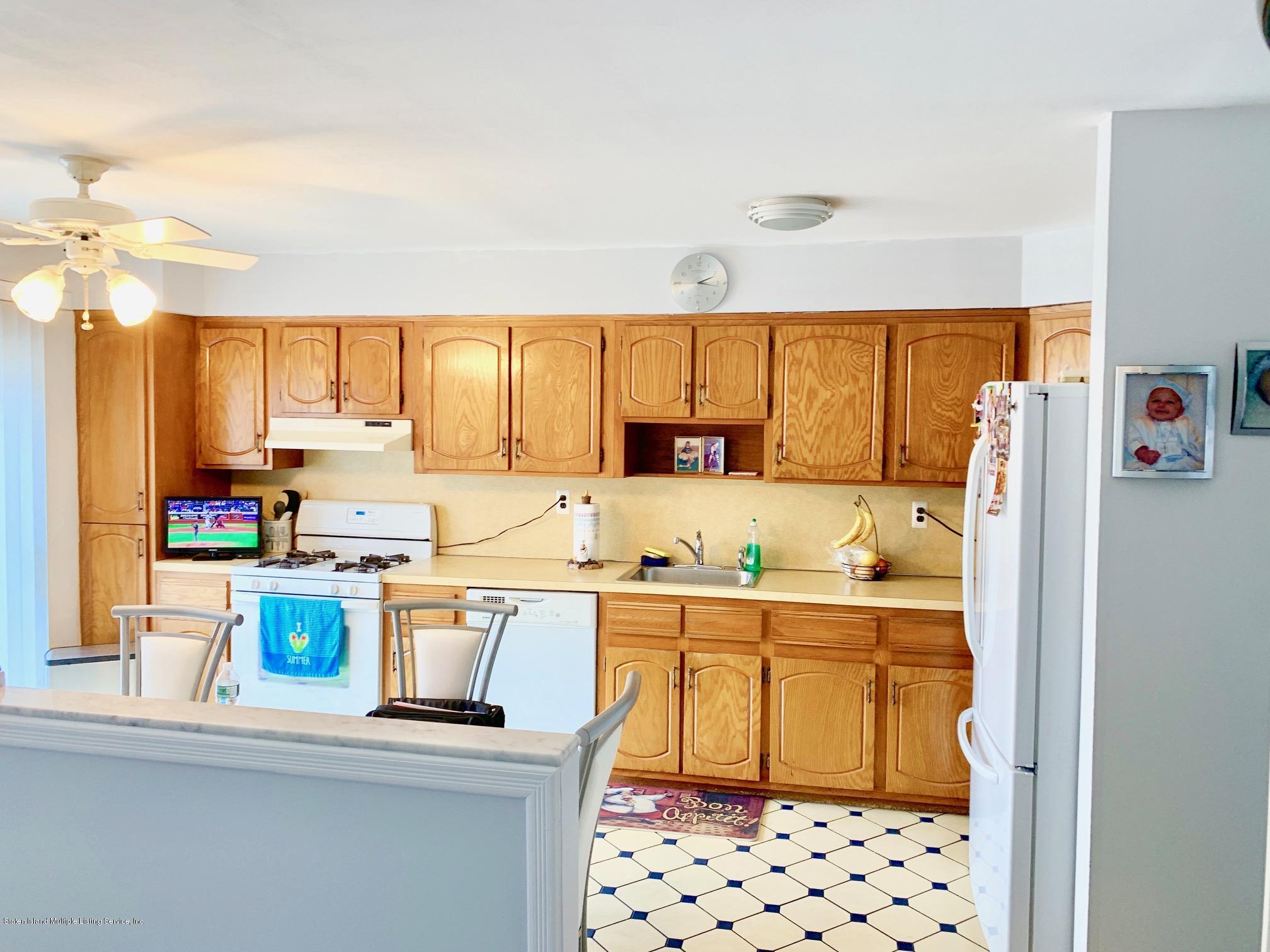 Single Family - Attached 99 Cedar Grove   Staten Island, NY 10306, MLS-1132231-3