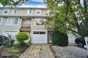 60 Francesca Lane, Staten Island, NY 10303