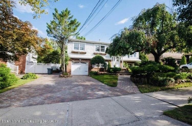 Two Family - Detached in Annadale - 642 Woodrow Road  Staten Island, NY 10312