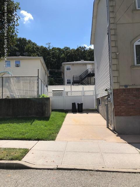 Single Family - Detached 48 Gwenn Loop  Staten Island, NY 10314, MLS-1130473-15