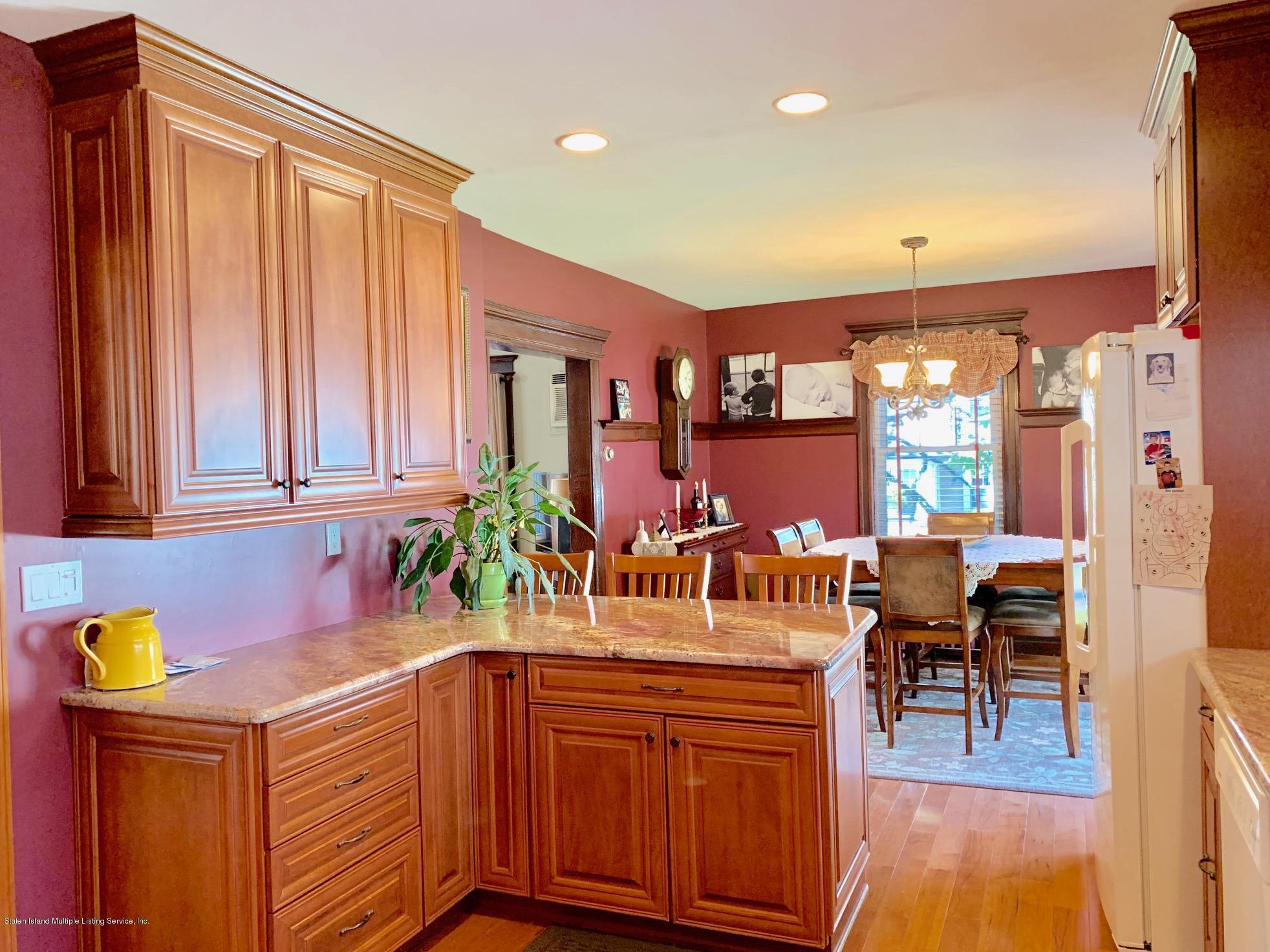 Single Family - Detached 195 Fairview Avenue  Staten Island, NY 10314, MLS-1132423-16