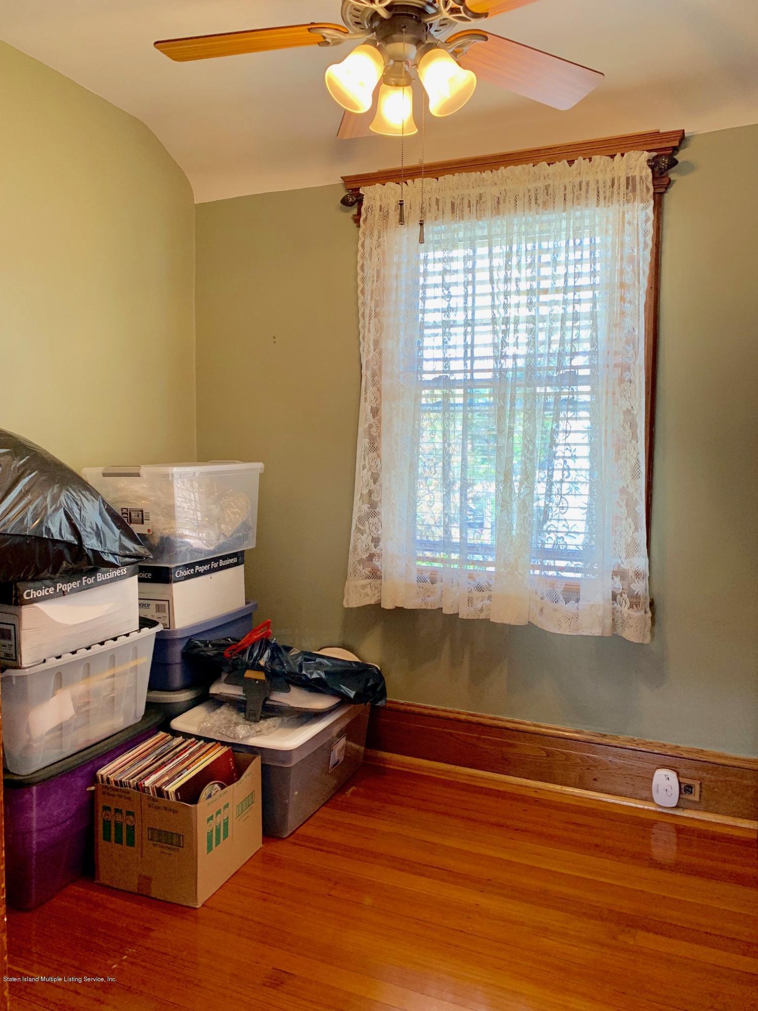 Single Family - Detached 195 Fairview Avenue  Staten Island, NY 10314, MLS-1132423-31