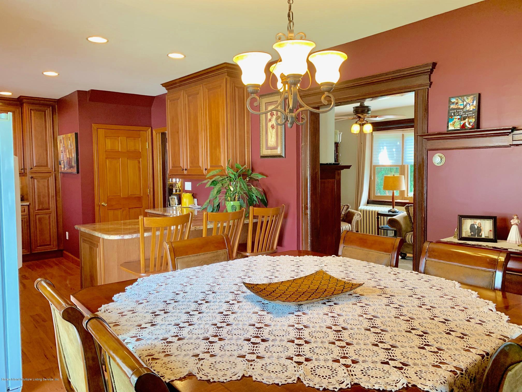 Single Family - Detached 195 Fairview Avenue  Staten Island, NY 10314, MLS-1132423-18