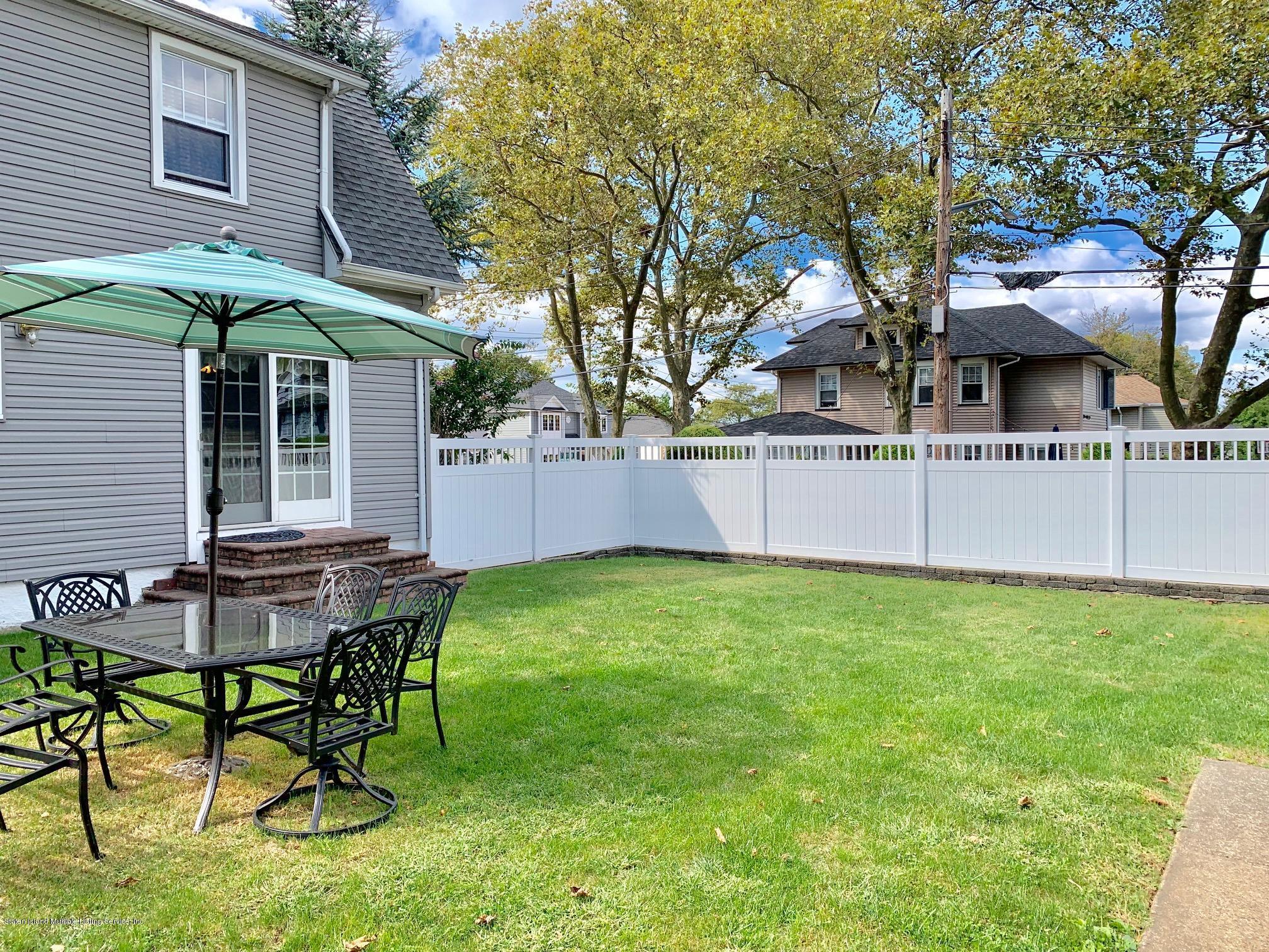 Single Family - Detached 195 Fairview Avenue  Staten Island, NY 10314, MLS-1132423-38